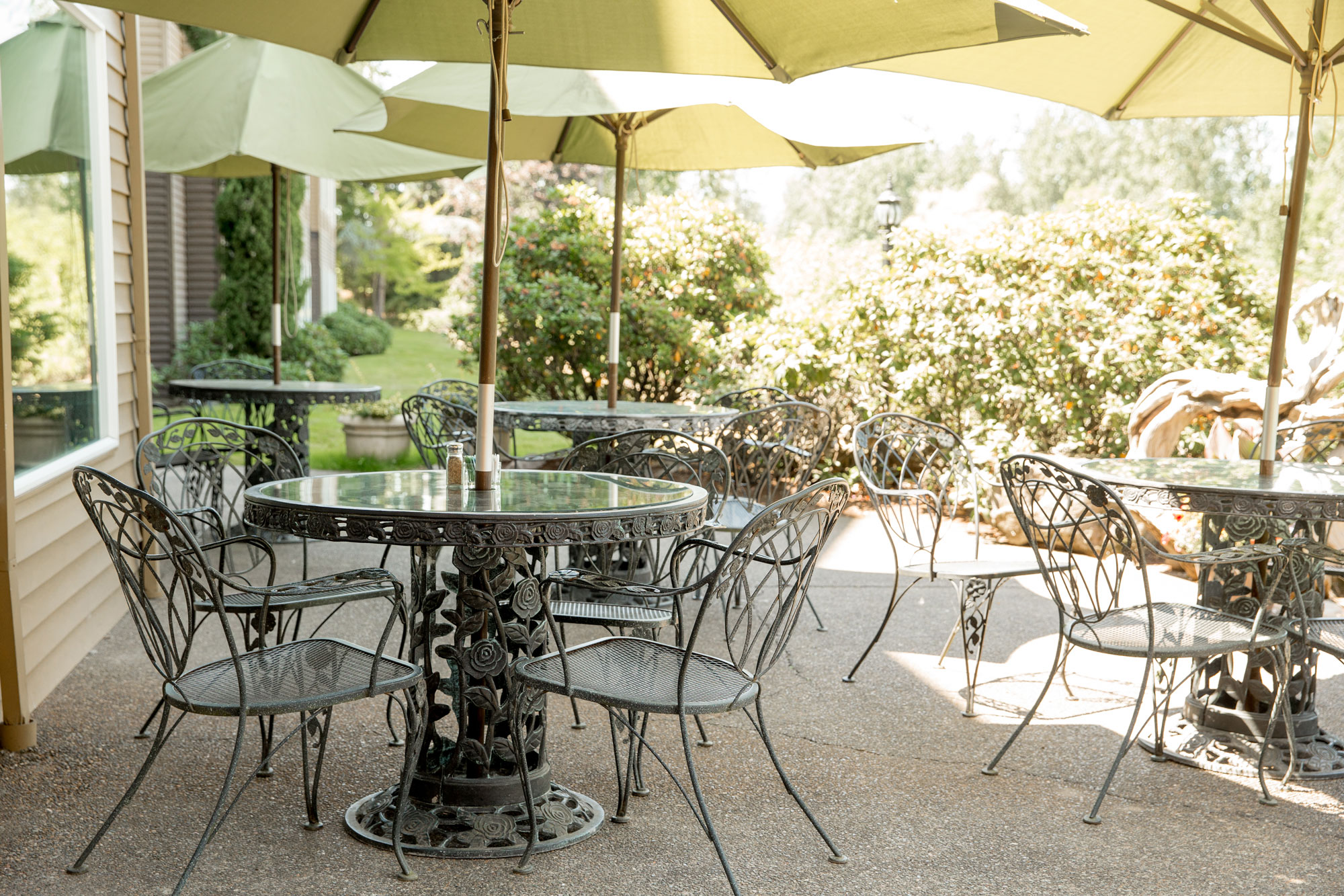 view of outdoor dining space on patio